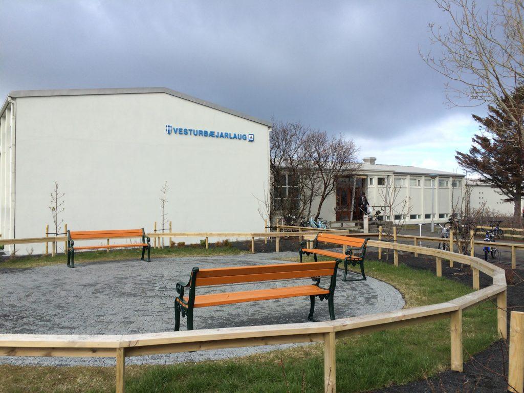 public pool reykjavik